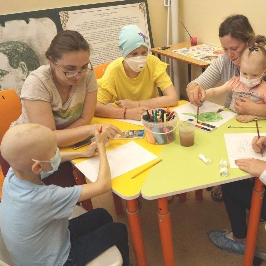 Мы запустили онлайн-курс больничного волонтера!