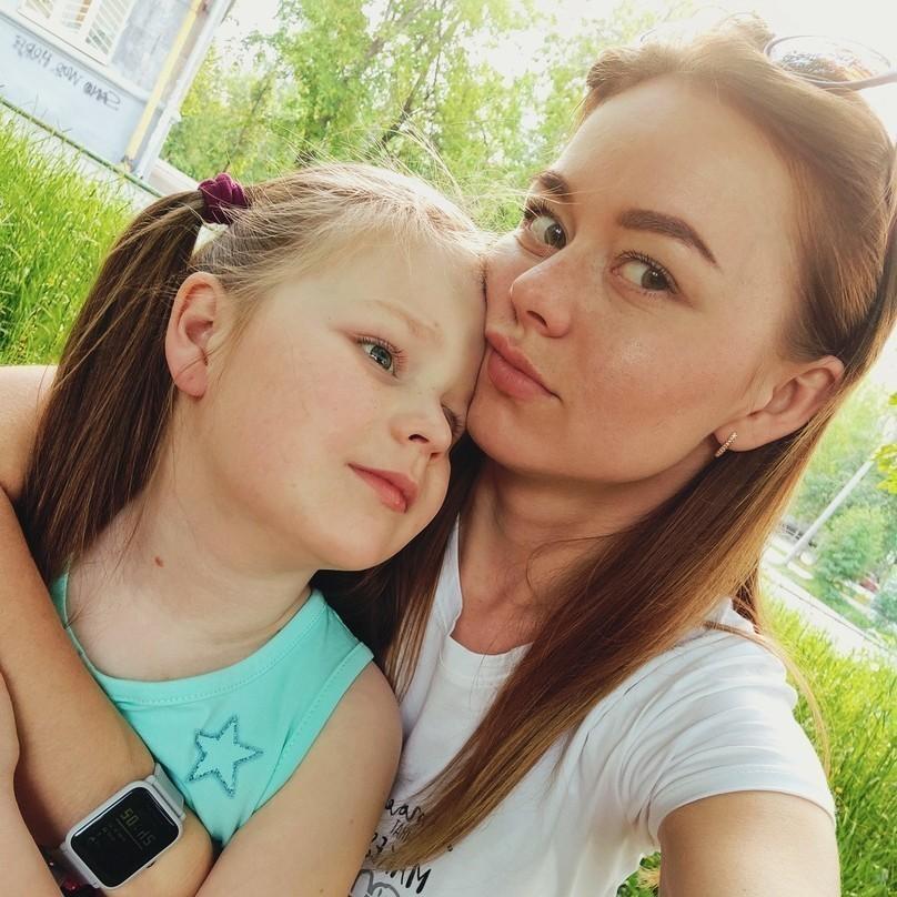 Анна Неволина