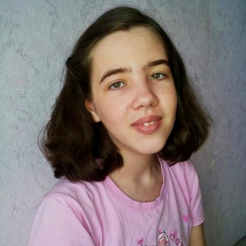 Лиза Картаполова